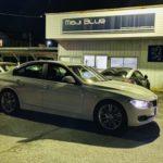 「BMW 320i HIGHSPARKイグニッションコイル+ノイズリダクションケーブル取付 & KONFORT780Rエアコンメンテナンス&MFA充填などです。」